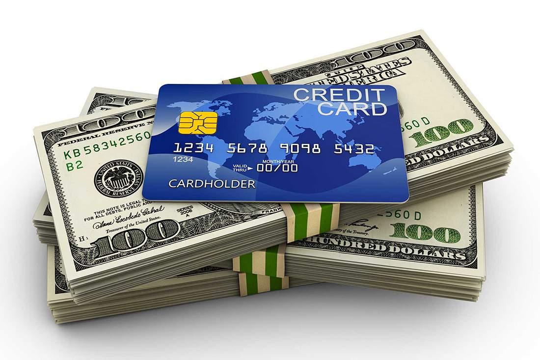 Vay qua thẻ tín dụng là gì?