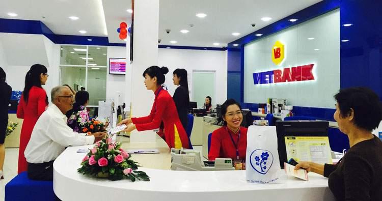 Vay tín chấp Ngân hàng VietBank