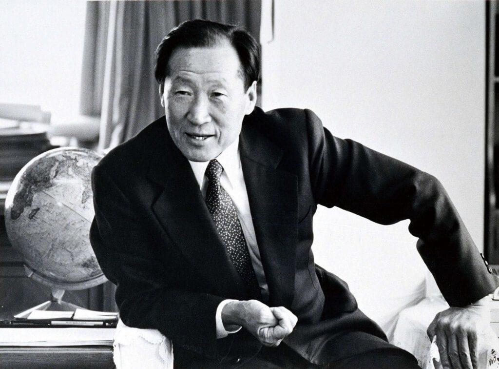 Bài học vay tiền để đời của ông chủ Hyundai